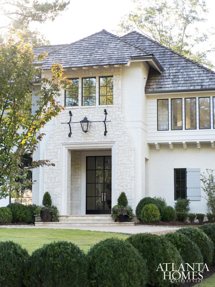 Ladisics House